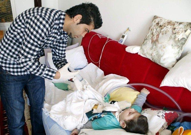Türkiye Minik Taha'nın Yardım Çığlığına Kayıtsız Kalmadı