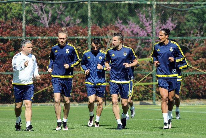 Fenerbahçe, Torku Konyaspor maçı hazırlıklarına başladı