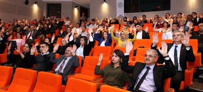 GAÜN'de Kurum İçi Eğitim Semineri Düzenlendi