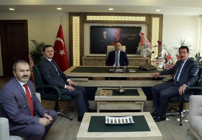 Başkan Tok'tan Esen'e Hayırlı Olsun Ziyareti