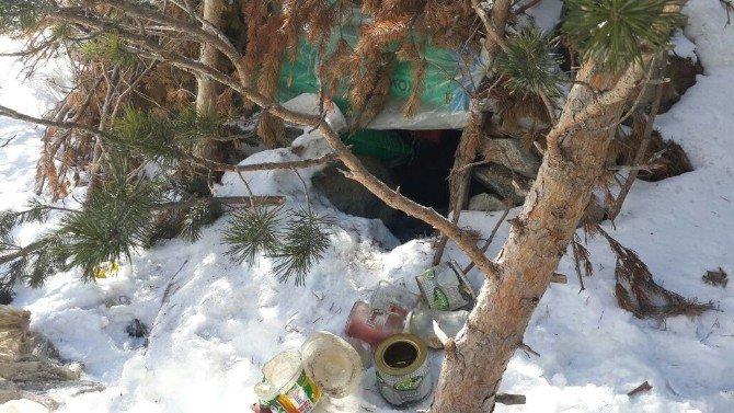 Kars'ta PKK Sığınakları 'Atak'larla Vuruldu