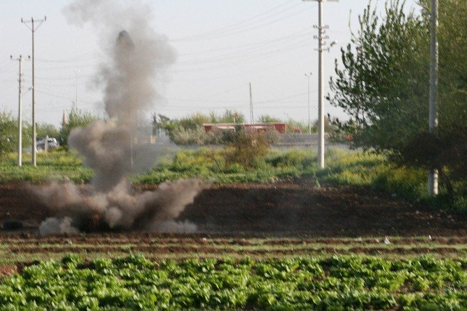 Kilis'e Düşen Rokete Ait Parçalar İmha Edildi