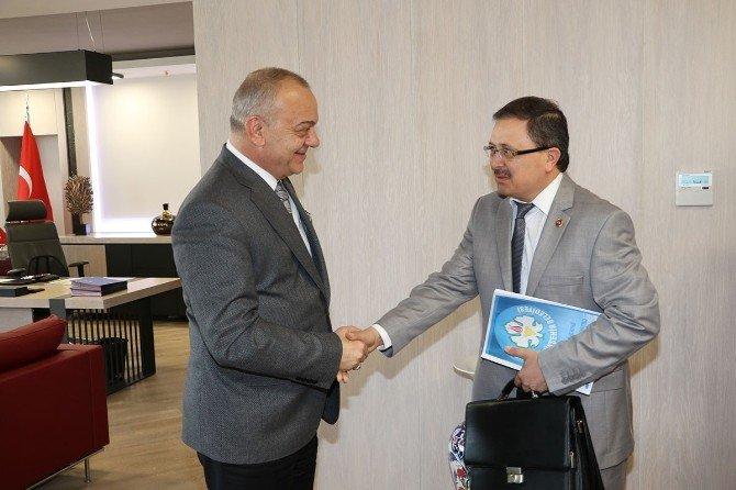 Denetim Komisyonu Raporu Başkan Ergün'e Sunuldu