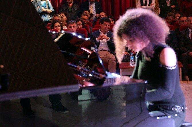 Başkan Subaşıoğlu Piyano Festivaline Katıldı