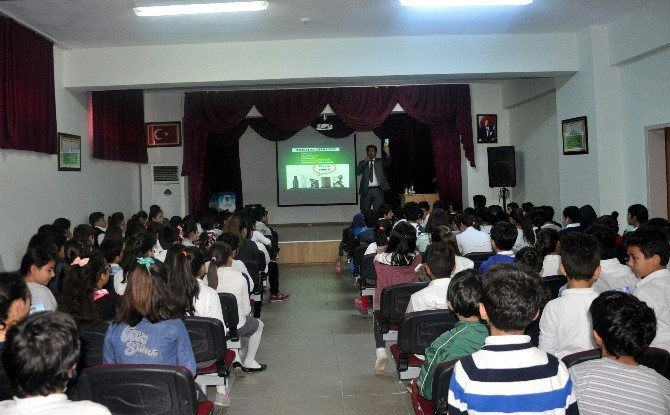 Mersin'deki Okullarda Tiyatro Oyunu İle Çevre Eğitimi