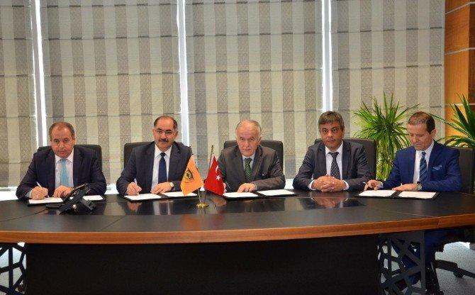 Yükseköğretim Öğrencilerine Yönelik İşbaşı Eğitim Programı İşbirliği Protokolü İmzalandı