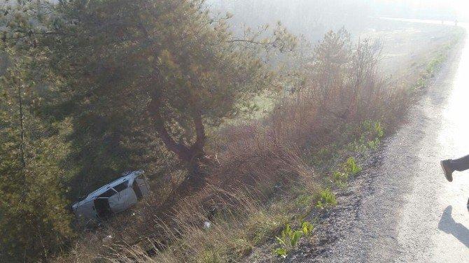 Emet'te Trafik Kazası: 3 Yaralı