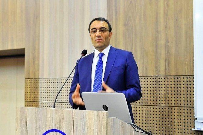 """SAÜ'de """"Enerjide Kavşak Ülke Türkiye"""" Konferans Gerçekleşti"""