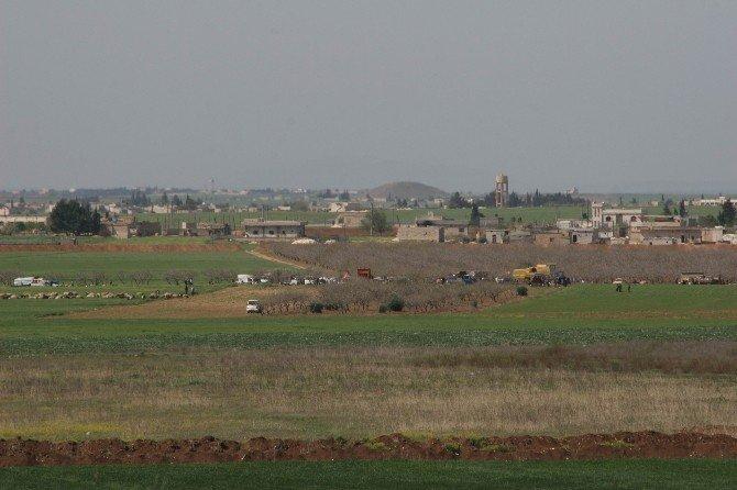 Terör Örgütü IŞİD'den Kaçan Türkmenler Güvenli Bölgeye Gidiyor