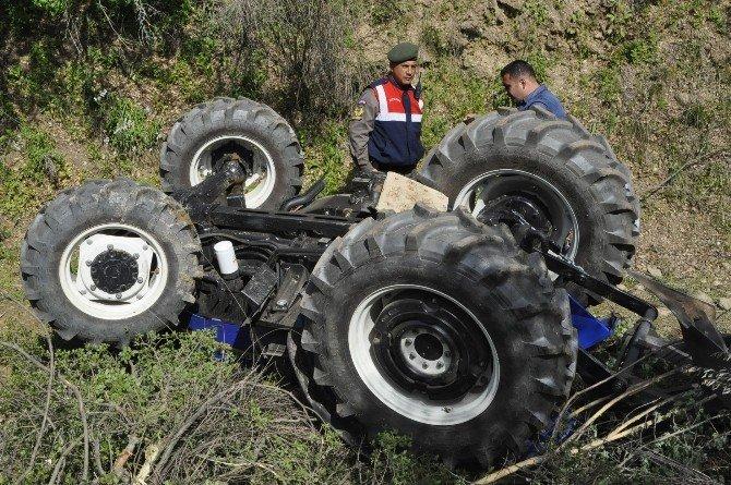 Traktörün Altında Kalan Kuyumcu Hayatını Kaybetti