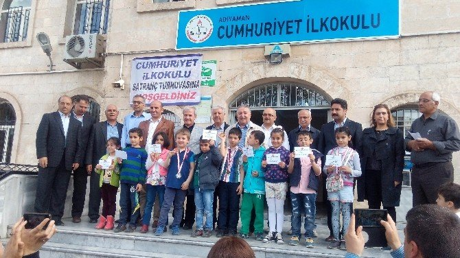 İlkbahar Ödüllü Satranç Turnuvası Sonuçlandı