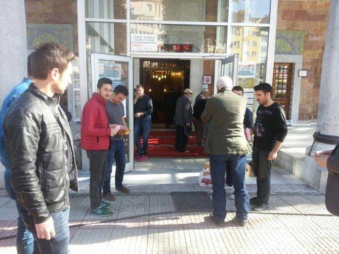 Bozüyük Ülkü Ocakları Başbuğ Türkeş İçin Mevlit Okuttu