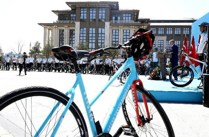 Cumhurbaşkanı Erdoğan 52. Cumhurbaşkanlığı Bisiklet Turu'nun Tanıtımını Yaptı