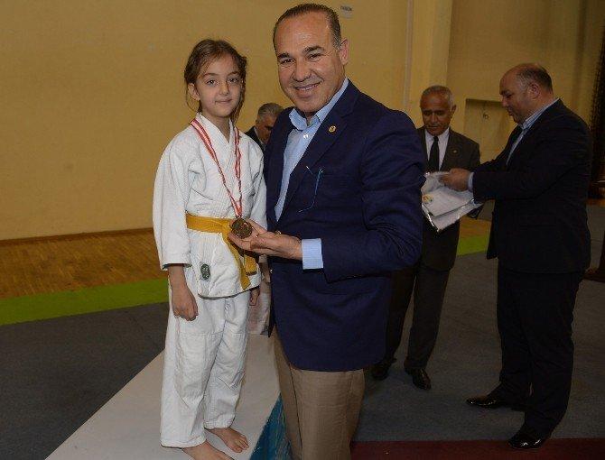 """Sözlü: """"Türk Dünyası, Sporun Gücüyle Bütünleşecek"""""""