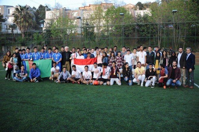 Bülent Ecevit Üniversitesi'nde Dünya Kupası Heyecanı