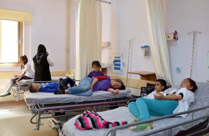 Adıyaman'da 26 Öğrenci Zehirlendi