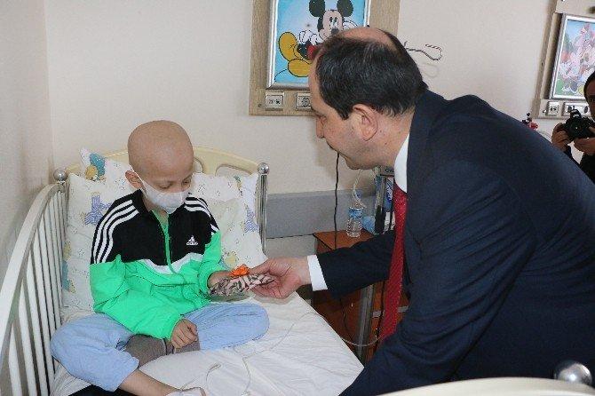 AK Parti Samsun İl Başkanı Göksel'den Kanser Hastalarına Ziyaret