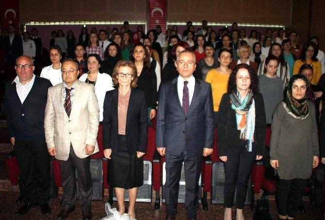 Aydın'da 'Doğal Doğuma Farkındalık' Sempozyumu Gerçekleşti