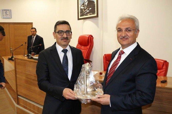 Belediye Başkanı Başsoy'dan İl Genel Meclisine Ziyaret