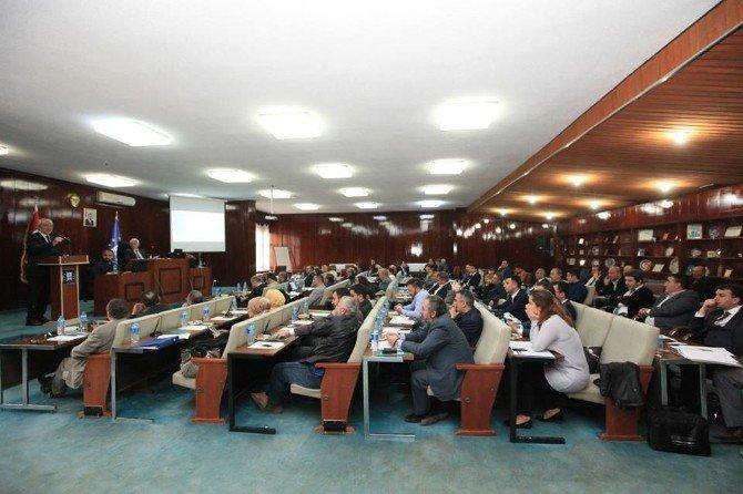 Kütahya Belediyesi'nin 2015 Faaliyet Raporu Kabul Edildi