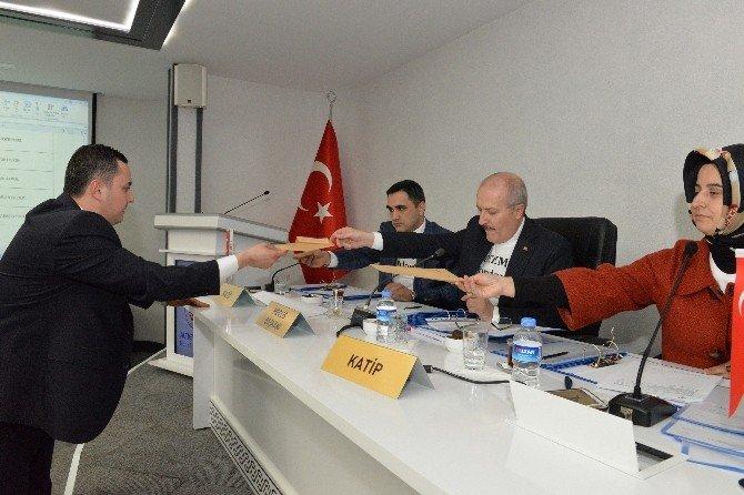 Altıeylül Meclisi'nde Komisyonlar Seçildi