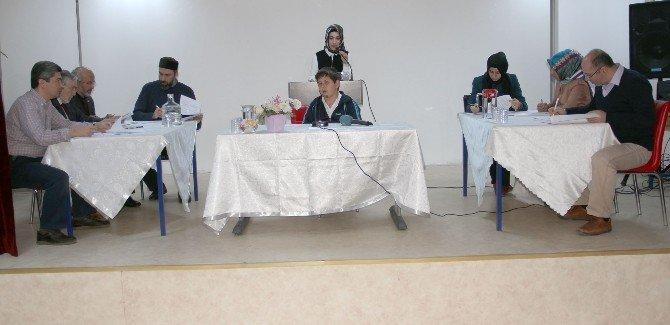 Öğrenciler '40 Hadis' Yarışmasında Ter Döktü