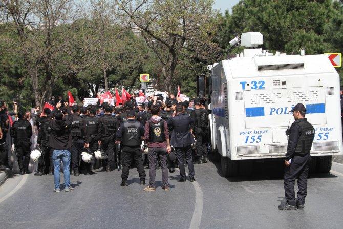 Cumhurbaşkanı Erdoğan gönüllülerinden ZDF'ye protesto