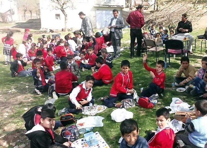 Cengiz Topel Ve Hasancık İlkokulu Arasında Gönül Köprüsü Kuruldu
