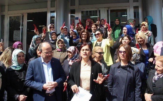 AK Partili Kadınlardan Kılıçdaroğlu'na Acı Biber