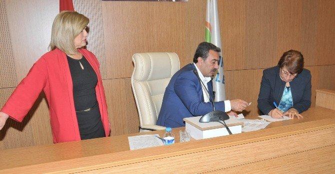 Çukurova Belediye Meclisinde Seçim Heyecanı