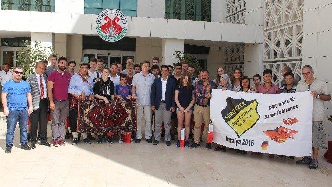 Başkan Genç, AB Erasmus Öğrencilerini Ağırladı