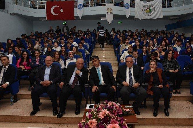 Kültür Koleji Birinciliği Bırakmadı