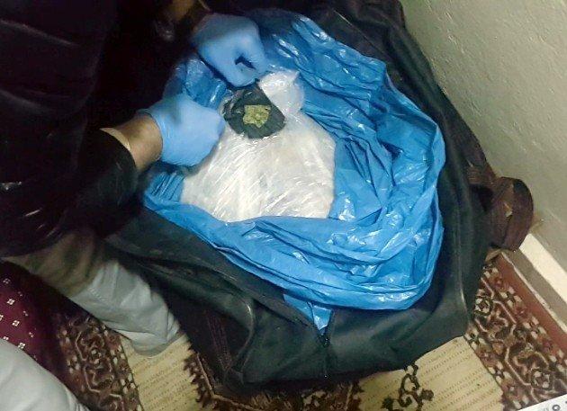 Fatih'te 25 Kilo Hint Keneviri Ele Geçirildi