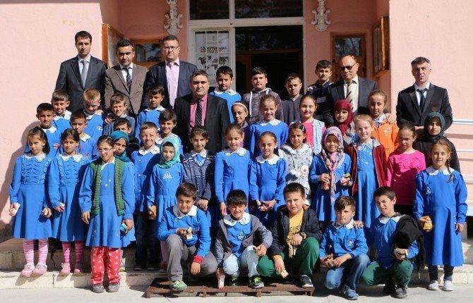 Öğrenciler Kaymakam Karaaslan'ı Ziyaret Etti