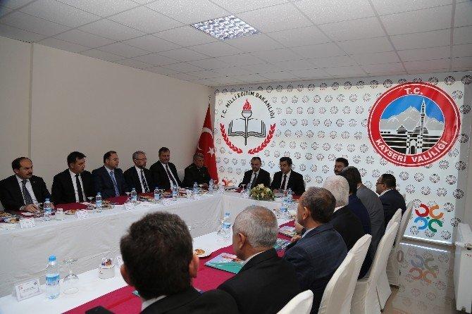 İl Ve Bölge Müdürleri Vali Düzgün Başkanlığında Toplandı