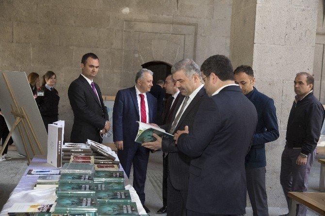 Başkan Çelik Bediüzzaman Sergisi'ni Gezdi