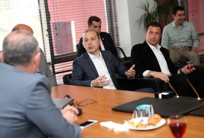 """Cüneyt Çakır:""""eğer Bu Testi Koşamazsak Euro 2016 Avrupa Şampiyonası'nda Yer Alamayız"""""""