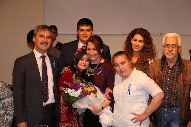 Turgutlu'da Otizm Farkındalık Günü Kutlandı