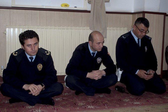Sungurlu'da Şehit Polisler İçin Mevlit Okutuldu