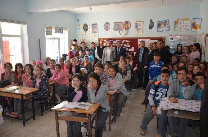 Kızılay'dan Öğrencilere 'Ağız Ve Diş Sağlığı Bakımı' Semineri