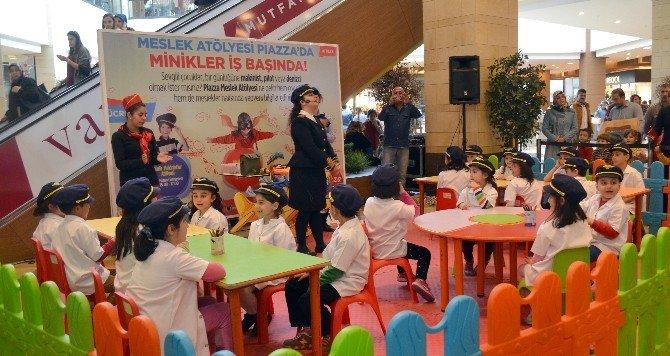 Piazza Çocuk Kulübü, Minikleri Hayallerine Yaklaştırıyor