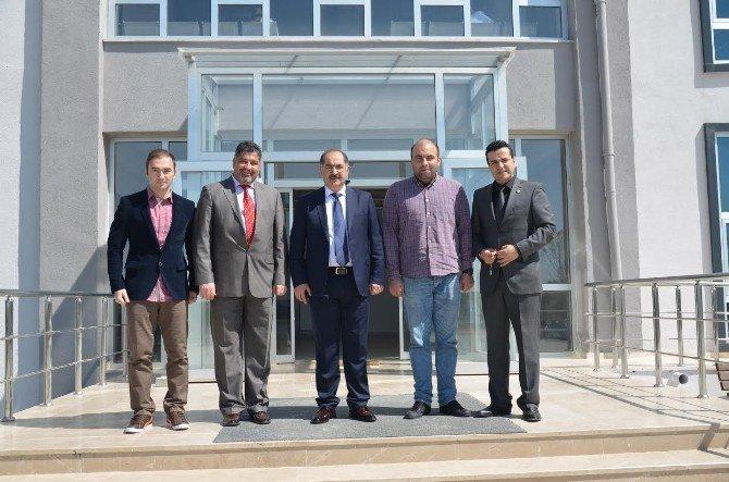 Rektör Prof.dr. Osman Şimşek Saray Meslek Yüksekokulu'nu Ziyaret Etti