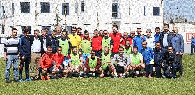 Trabzonspor Tam Kadro Hazırlıklarını Sürdürdü