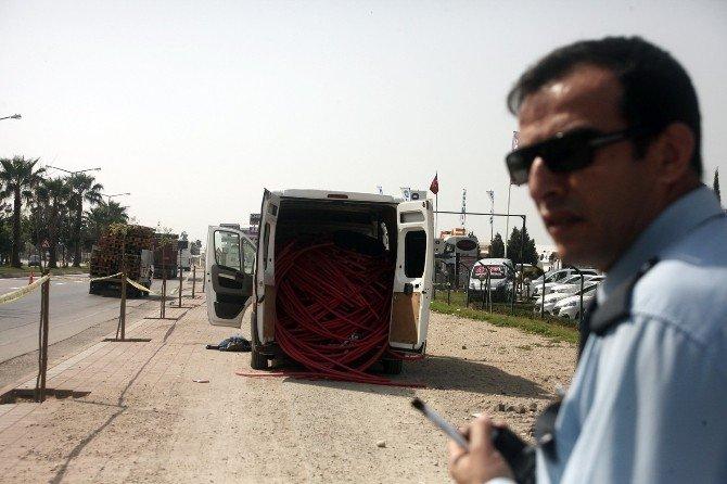 Bomba Yüklü Sanılan Araçtan Çalıntı Kablo Çıktı