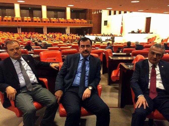 Ege'nin AK Parti'li Vekilleri Bakan Ramazanoğlu'na Sahip Çıktı