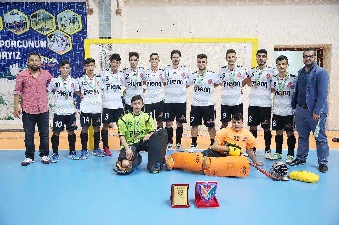 Akdora Gençlik Ve Spor Kulübü Türkiye 3.'sü Oldu