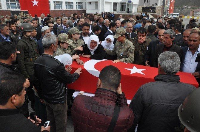 Bitlis'te Şehit Korucuya Hazin Tören