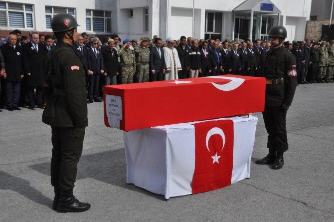 Şehit korucu için Bitlis'te hüzünlü tören
