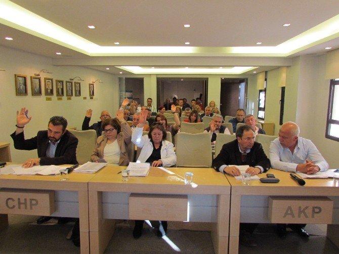 Çeşme'de Nisan Ayı Meclis Toplantısı Yapıldı