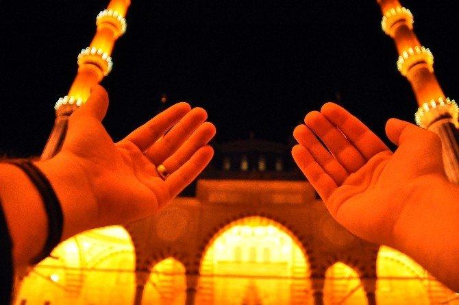 Selimiye Camii Regaip Kandili'nde Doldu Taştı
